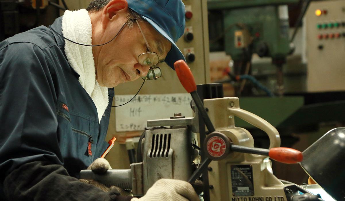 室本鉄工の強み|受け継がれ、培われてきた室本鉄工の職人の技。